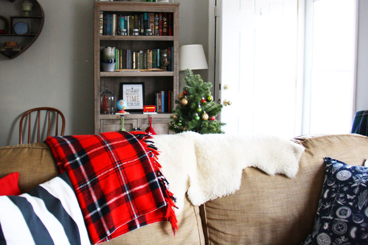Holiday House Tour 2015 | redleafstyle.com