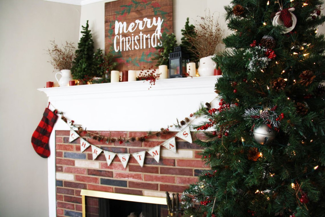 tour a stylish victorian decked out with natural christmas decorations redleafstylecom