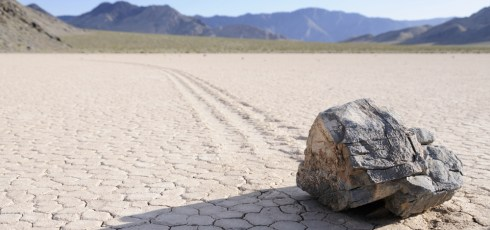 """Scientists Solve The Mystery Of Death Valley's """"Sailing Stones"""""""