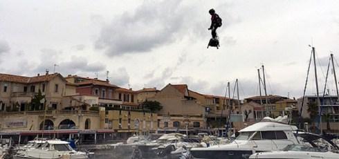 Daredevil breaks hoverboard world record with 2km flight