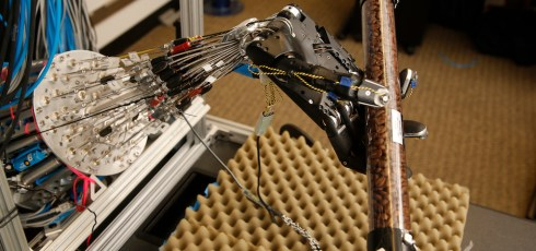 New dexterous robotic hand is capable of learning