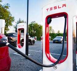 Tesla Settles Lawsuit Alleging Company Reduced Battery Capacity