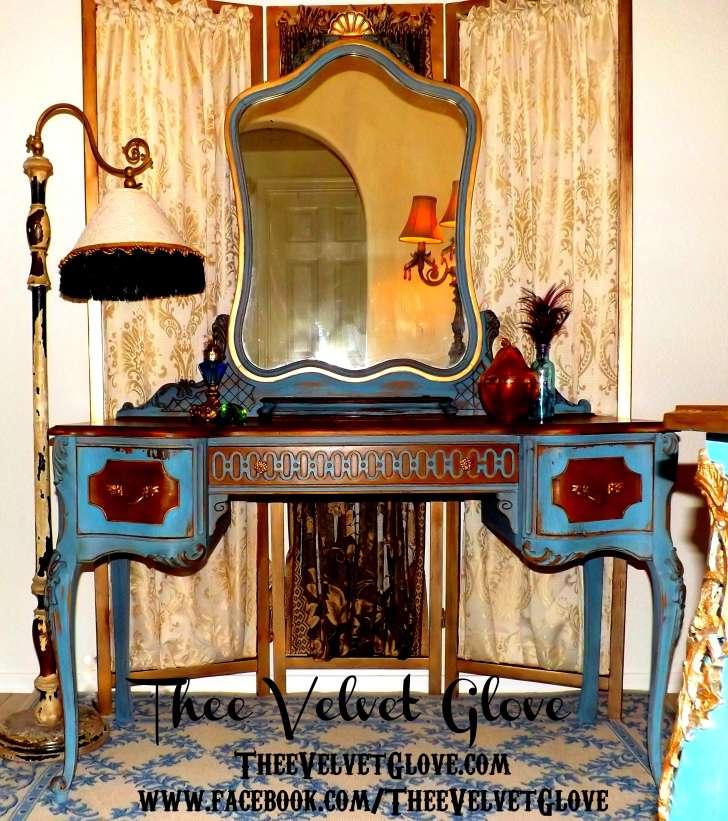 Thee Velvet Glove Blue Vanity