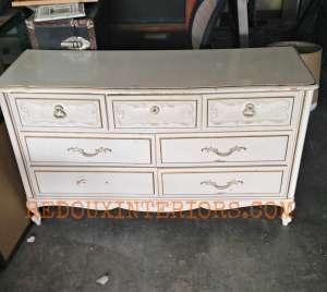 Trashy Tuesday, Dressers to Dumpsters