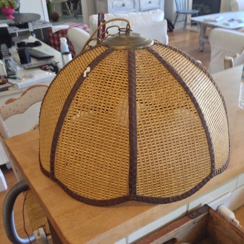 Free Basket lamp before redouxinteriors