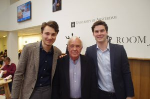 Elias Asselbergs, Lord Robert Skidelsky en Chris van der Wilk. Foto: Room for Discussion