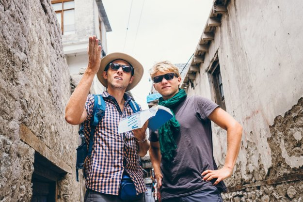 philippines-stereotypes-8-tourists