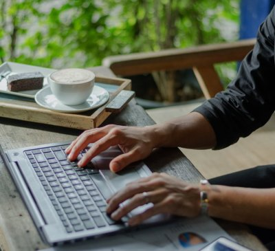 What is a Digital Nomad (And Why Should You Care?)
