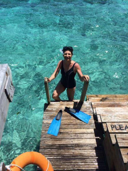 Tolle Erfrischung: eine Tour mit Taucherflossen im Wasser. Franka Hänig geht am Hausriff schnorcheln.
