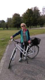 Mit dem Rad unterwegs zur Seepromenade