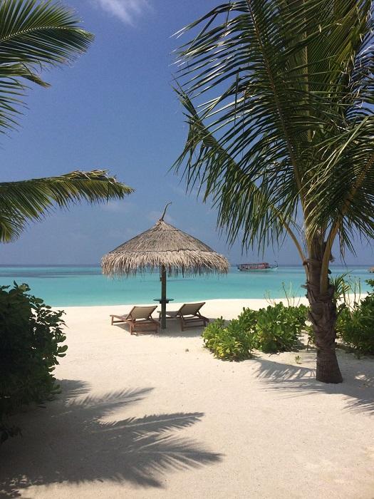 Das Ozen ist übrigens ein all-inclusive Resort der feinsten Art mit 90 Villen am Strand und im Meer.