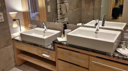 Darf in keinem Bad des Hotels fehlen: Das Kinderwaschbecken