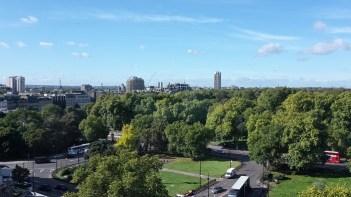 Aus den oberen Stockwerken des Como The Metropolitan hat man eine wunderbare Sicht auf den Hyde Park.