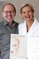 Bettina Zünkeler mit Visagist Horst Kirchberger.
