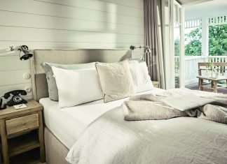 The COZY Hotel Zimmer