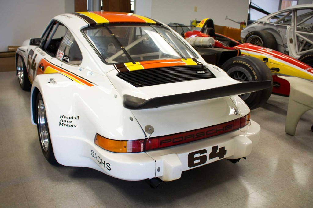 aase brothers porsche 911 gtu race car back