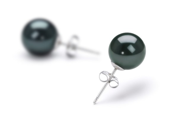 black-akoya-pearl-earrings
