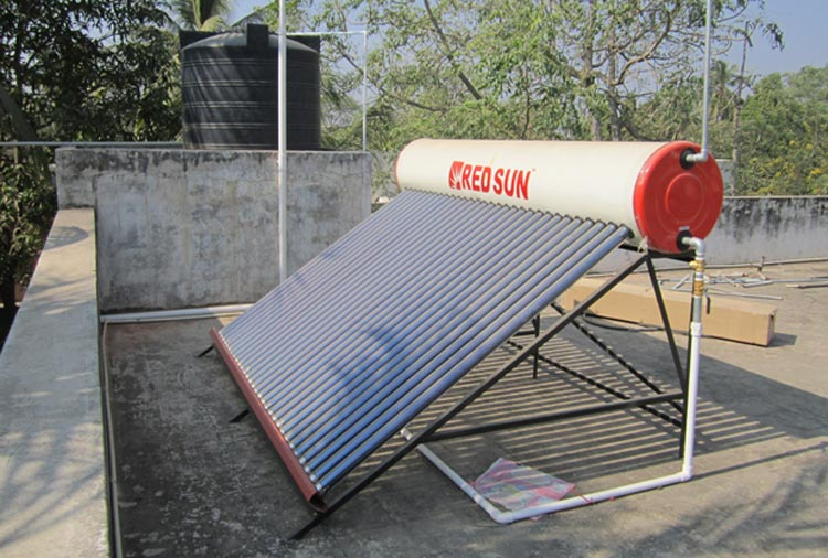 redsun-solar-water-heater-with-over-head-tank