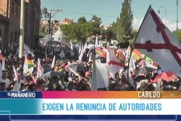 EXIGEN LA RENUNCIA DE AUTORIDADES CHUQUISAQUEÑAS