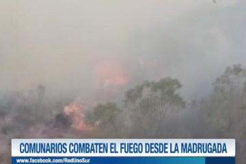 COMUNARIOS COMBATEN EL INCENDIO DESDE LA MADRUGADA