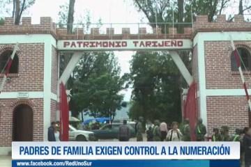 PADRES DE FAMILIA EXIGEN CONTROL A LA NUMERACIÓN