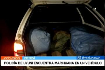 POLICÍA DE UYUNI ENCUENTRA MARIHUANA EN UN VEHÍCULO