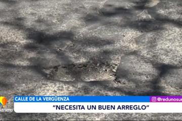 ASFALTO DAÑADO EN LA ROTONDA DEL PUENTE BOLÍVAR