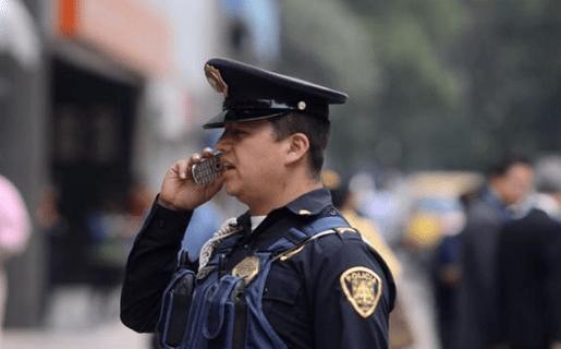 Resultado de imagen de llamar a la policia