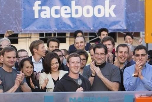 Son muchos los que comparten la alegría y las ganancias de la salida a Wal Street de Facebook.