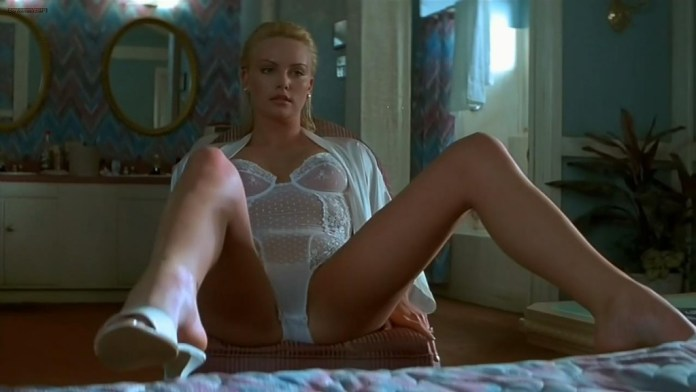 Charlize-Theron-hot-nude-topless-and-sex-2-Days-in-the-Valley-1996-hd720p-2