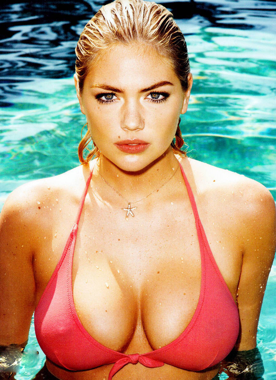 Kate-Upton-GQ-Scans