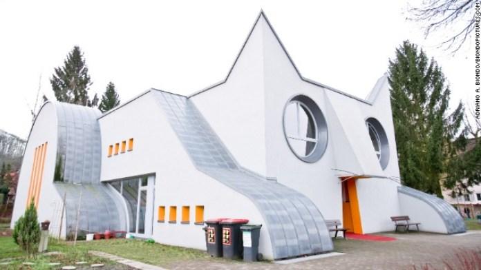 Kindergarten Wolfartsweier idea & designed by TOMI UNGERER