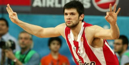 papanikolaou-olympiakos-barcelona-68-64-final-four-euroleague-diloseis