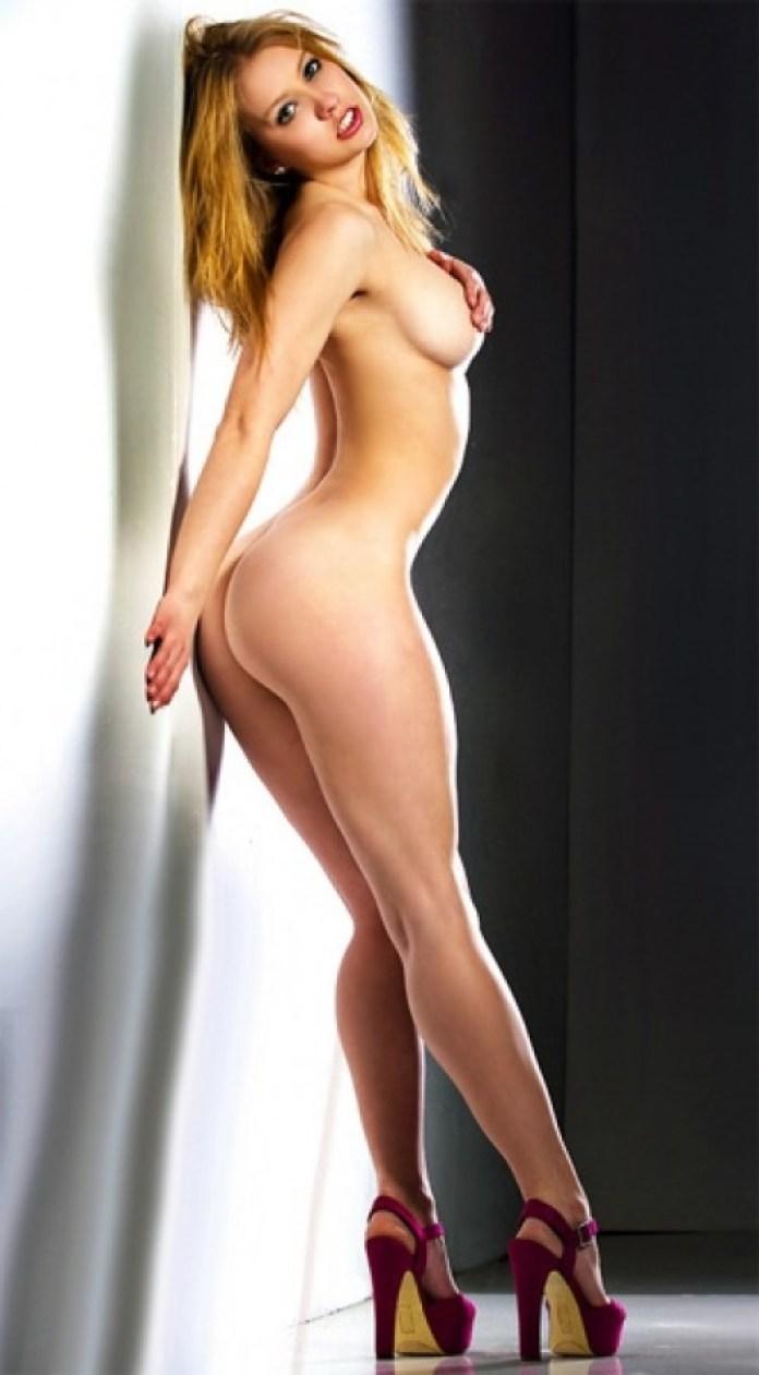 kaitlin-pearson-nude-photos-18-500x906