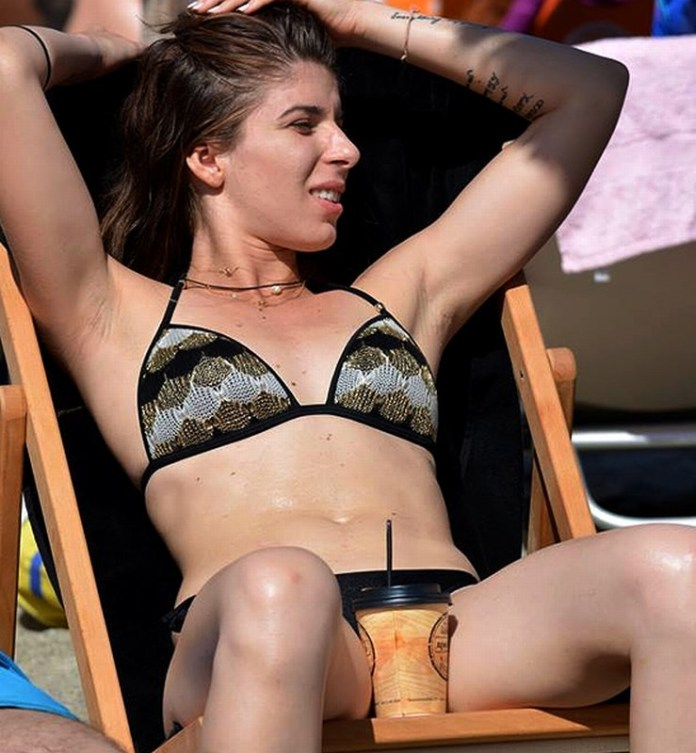 mini-sexy_greek_-girl_okokoras_9