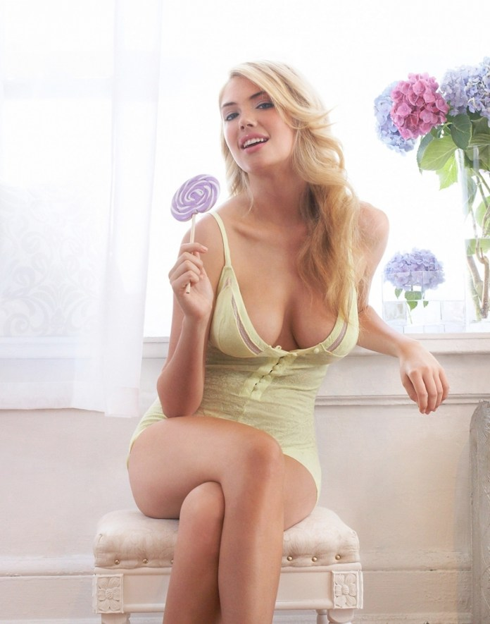 Kate-Upton-Lollipop