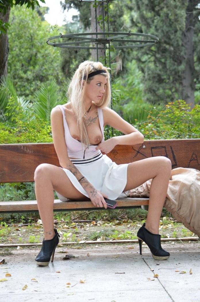 Maria-Alexandrou-White-Skirt-Zappeio-Athens-Kanoni-13