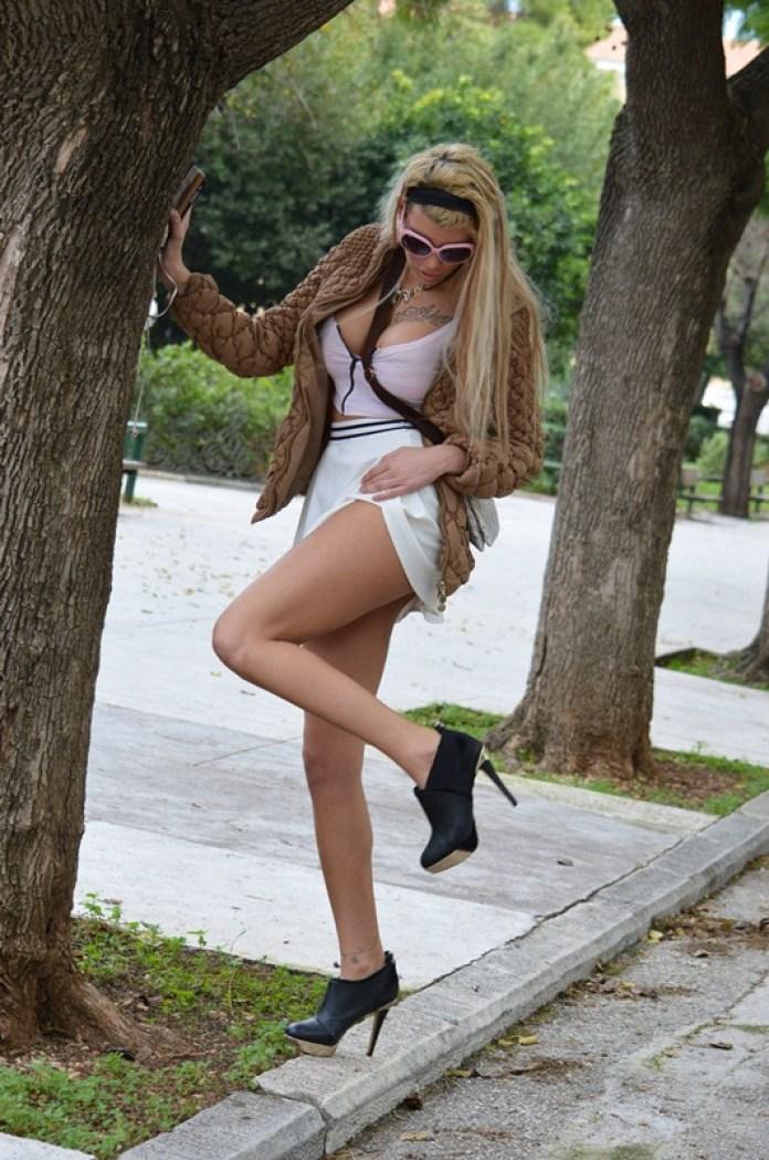 Maria-Alexandrou-White-Skirt-Zappeio-Athens-Kanoni-3