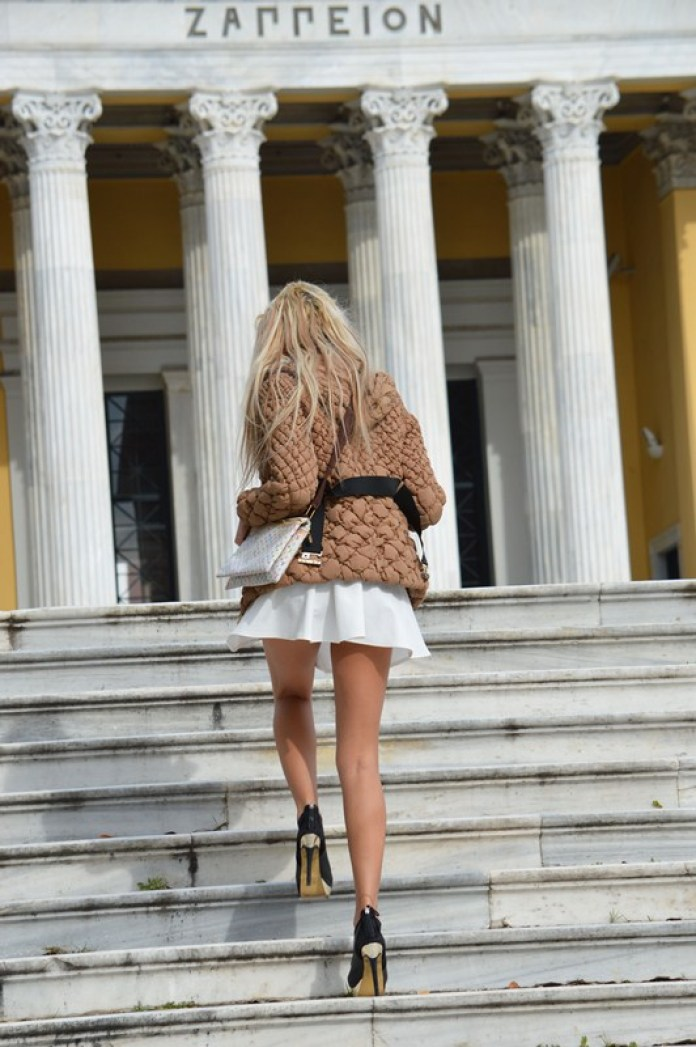 Maria-Alexandrou-White-Skirt-Zappeio-Athens-Kanoni-7