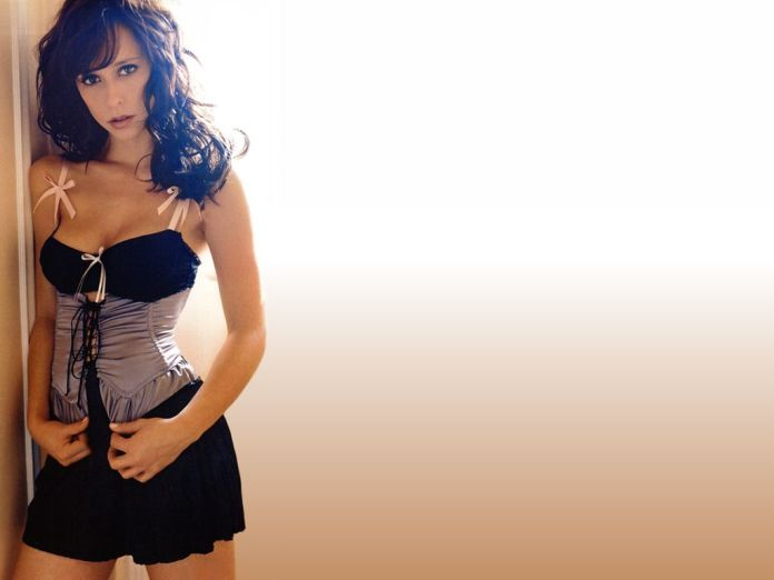 jennifer_love_hewitt_119-1024