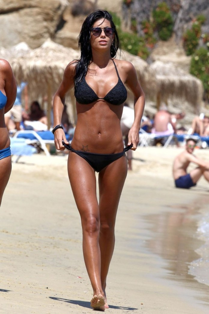 federica-nargi-bikini-pics-mykonos-island-greece-june-2015_1
