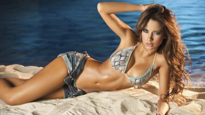 Catalina Otalvaro By Dajs3010 Hot Sexy Babe Flat Belly Perfect Body Wallpaper 5902
