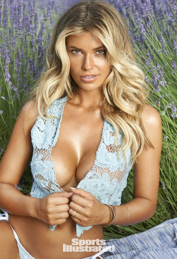 samantha-hoopes-in-sports-illustrated-swimsuit-2015-issue_14