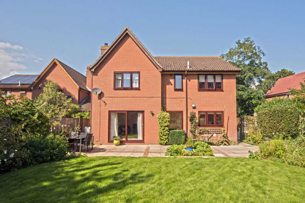 Professional photograph of property in Trimley St Mary, Felixstowe
