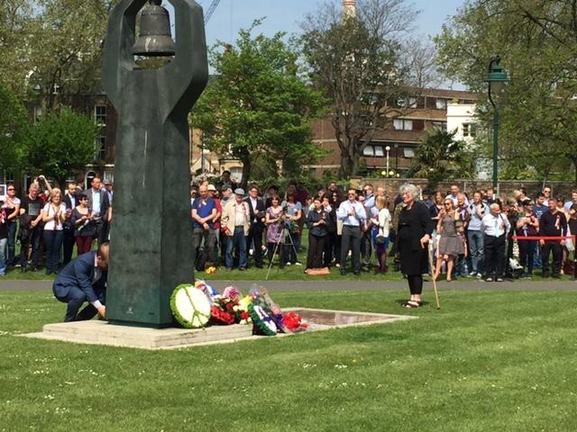CPGB-ML lay a wreath at the Soviet Memorial
