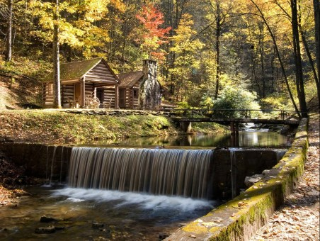 Reeb Ranch Waterfall Cabin