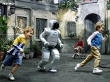 A hungry ASIMO chases down its prey