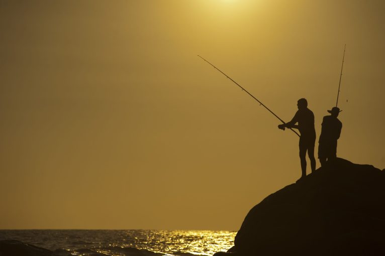 How To Choose A Saltwater Fishing Rod Reel Pursuits