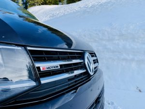 4motion VW T6 next to a wall of snow