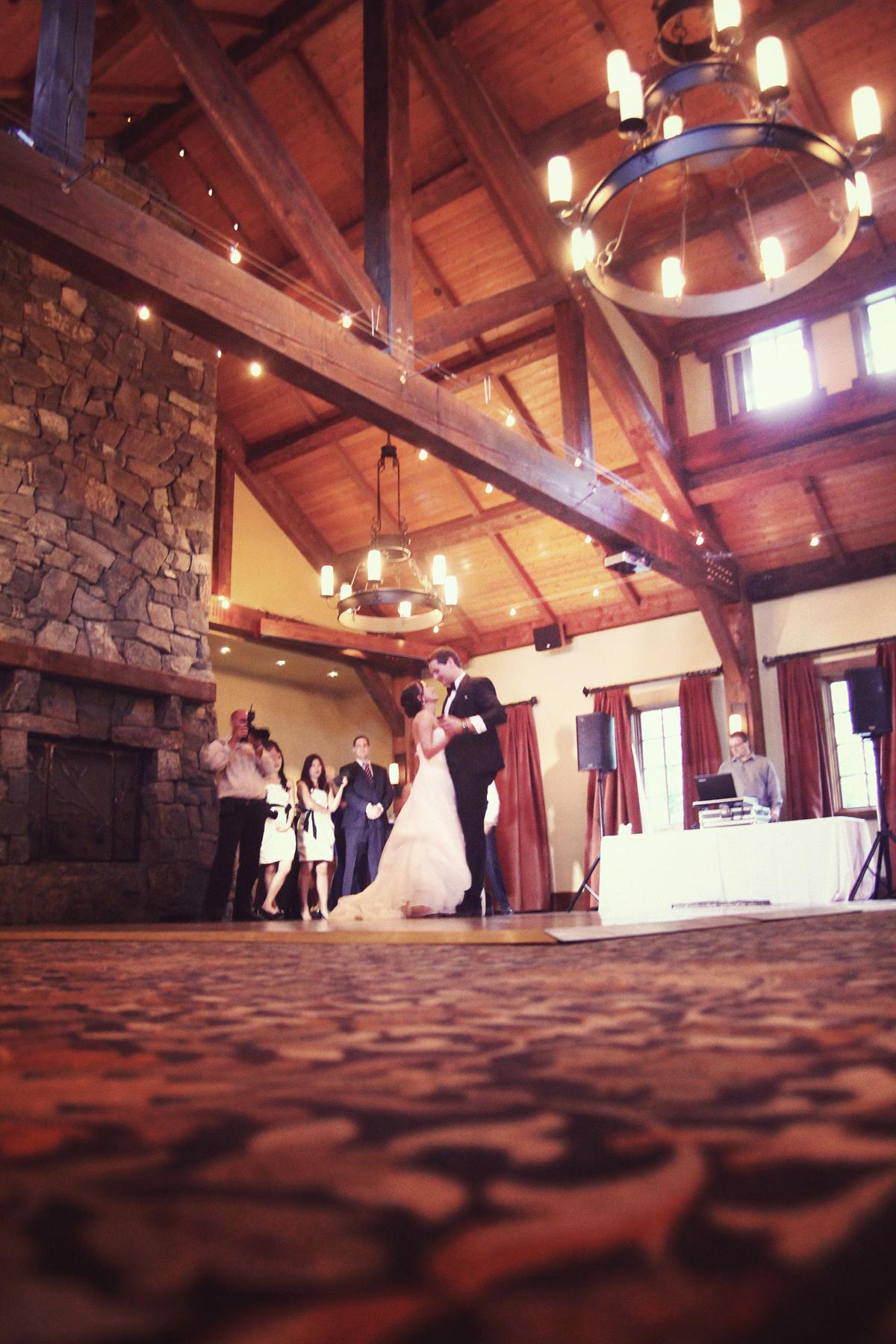 first wedding dance photography
